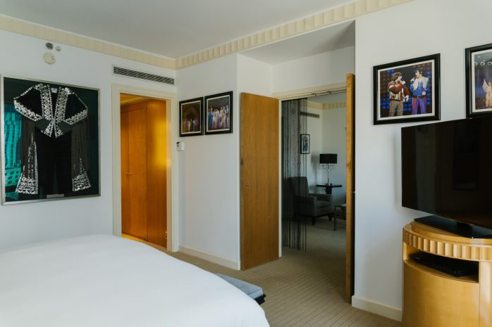 the-cher-show-suite-bedroom-2